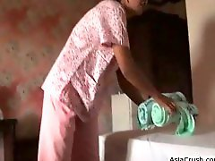 Filipina Chambermaid Gets Analled