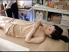 Oil Massage Beautiful Bride's Secret