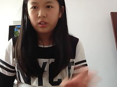 Cute Chinese teen girl self spanking !